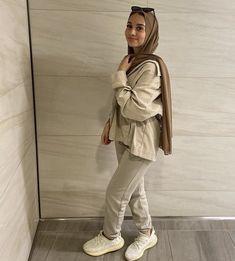 Modern Hijab Fashion, Hijab Fashion Inspiration, Muslim Fashion, Modest Fashion, Nude Outfits, Modest Outfits, Casual Outfits, Fashion Outfits, Hijab Outfit
