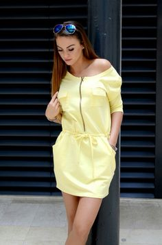 Yellow dress just perfect for summer !! 👌