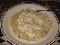 RED LOBSTER CRAB ALFREDO *~* 8 oz linguine, 4 T butter, 4 T flour, 2 C half-and-half, 1/2 C grated parmesan cheese, salt & pepper, 1 tsp cayenne pepper, 6 (8 oz) cooked snow crabmeat cut into chunks