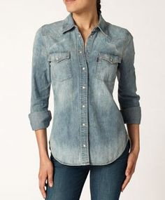 Levis does chambray