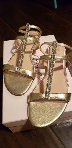 d1681d9d7d5 Badgley Mischka Jewel T-strap Sandals Size 9.5 - NITB w tags  fashion