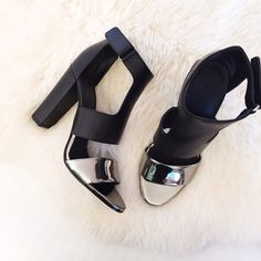 "Vince Aretha Metallic Colorblock Sandals •A slick metallic strap and bold cutouts lend edgy appeal to supple leather Vince sandals. Velcro® ankle closure. Covered heel and leather sole. 4"" heel.  •Size US7.5/EU38, true to US sizing and would be best for a 7.5 (or maybe a narrow 8)  •New in box with dust bag.  •NO TRADES/PAYPAL/MERC/VINTED/NONSENSE.  •PLEASE USE OFFER FEATURE IF YOU WANT TO NEGOTIATE PRICE. Vince Shoes Sandals"