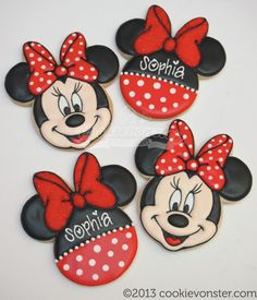 these cookies would be so cute as a party favor for people to take home wrapped up with a polka dot ribbon♥