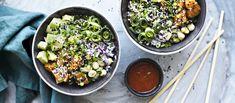 Havaijilainen trendiruoka pokebowl kootaan aasialaisittain marinoidusta lohesta, riisistä ja kasviksista. N. 3,90€/annos.
