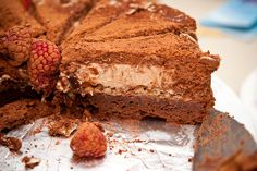thecakebar: chocolate mousse cake with banana cream and toasted almonds Baking Recipes, Cake Recipes, Chocolate Mousse Cake, Chocolate Cakes, Cake Bars, Toasted Almonds, Banana Cream, Eat Dessert First, Piece Of Cakes