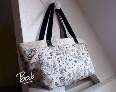 Le Sac Réversible en 1h Chrono. – Bab la bricoleuse Fabric Crafts, Pouch, Tote Bag, Sewing, Crochet, Blog, Fashion, Jute Bags, Tutorials