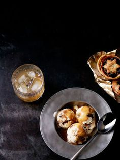 "The ultimate festive indulgence! ""Mince pie ice-cream sundaes with hot buttered rum caramel"" #food #mincemeat #pie #ice_cream #Christmas"