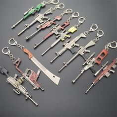 Shop of Personalized Keychain, Mechanical Model kit, sculptures, etc.