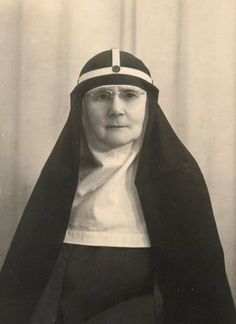A little-known English nun who helped to hide Italian Jews from the Nazis in wartime Rome is being considered as a possible saint. Mother Ricarda Beauchamp Hambrough is credited with playing a vital role in saving the lives of more than 60 Jews by smuggling them into her convent. The Bridgettines,