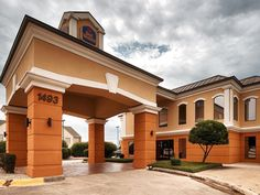 New Braunfels (TX) Best Western Inn and Suites United States, North America The 3-star Best Western Inn and Suites offers comfort and convenience whether you're on business or holiday in New Braunfels (TX). The property features a wide range of facilities to make your stay a pleasant experience. 24-hour front desk, Wi-Fi in public areas, car park, meeting facilities, business center are just some of the facilities on offer. Guestrooms are designed to provide an optimal level o...