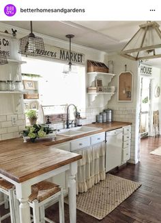 Small Peninsula Cottage Shabby Chic Farm Rustic