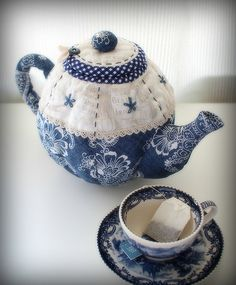 Quilted Teapot | by PatchworkPottery
