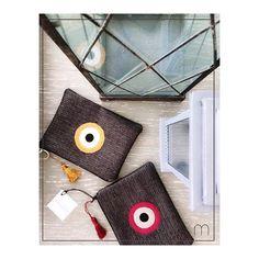 Καλό μήνα! Ένας υπέροχος μήνας ξεκίναει και μαζί του η πιο δημιουργίκη εποχή!  Υποδεχόμαστε το Φθινόπωρο με ΕΚΠΤΩΣΕΙΣ στη Spring -Summer 2015 συλλογή μας και σύντομα με τη νέα μας συλλογή Autumn/Winter 2015!  #christinamalle_bags#evileyeproject#newcollection#autumn#winter#aw2015#handbag#bags#handmade#september Spring Summer 2015, Handmade Bags, Photo And Video, Instagram, Handmade Purses, Handmade Handbags