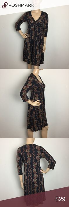 """Patagonia Crossover Empire Waist 3/4Sleeve Dress S Excellent condition,No signs of wear.ALL MEASUREMENTS ARE TAKEN WITH GARMENT LYING FLAT: SLEEVES: 17"""" BUST: 16"""" WAIST: 18"""" LENGHT: 38"""" Patagonia Dresses"""