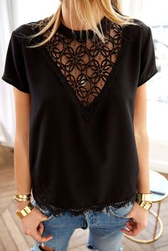 38 best spring blouses & tops to upgrade your look 27 – JANDAJOSS. Trendy Dresses, Casual Dresses, Casual Outfits, Prom Outfits, Black Top And Jeans, Look Fashion, Fashion Outfits, Mode Lookbook, Spring Blouses