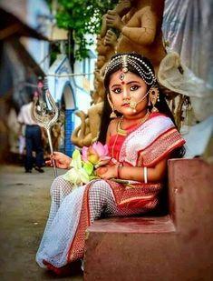 Beautiful Cute Kids Photography, Baby Girl Photography, Indian Photography, Indian Goddess, Durga Goddess, Indian Baby, Indian Girls, Cute Baby Girl Pictures, Cute Girls