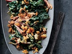 Creamed Swiss Chard with Lemony Breadcrumbs - add pancetta Easy Vegetarian Dinner, Healthy Dinner Recipes, Breakfast Recipes, Best Vegetable Recipes, Cheap Meals, Easy Meals, Eating Raw, Side Dishes Easy, Lunches And Dinners