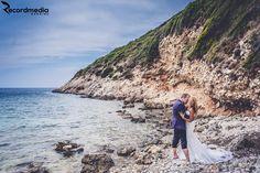Dornici de o altă poveste de dragoste? Întreaga istorisire o găsiți aici: http://wedding.recordmedia.ro/ttd-la-plimbare-cu-ovidiu-si-ami/