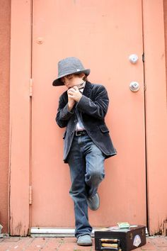 harmonica boy