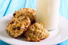 Biscuit déjeuner...avoine, pommes et raisins secs Breakfast On The Go, Breakfast Time, Desserts With Biscuits, Oatmeal Bars, Biscuit Cookies, Oatmeal Recipes, Granola, Baking Recipes, Easy Recipes