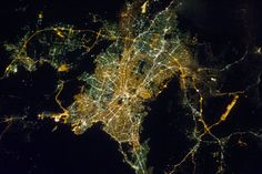 This interactive map shows the worlds recent migration patterns athens at night gumiabroncs Image collections