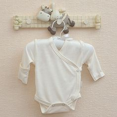 Wikkelrompertje voor pasgeboren baby's. €12,95