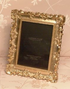 £14.99 Vintage Style Gold Ornate Baroque 5 x 7 Photo Picture frame Freestanding: Amazon.co.uk: Kitchen & Home