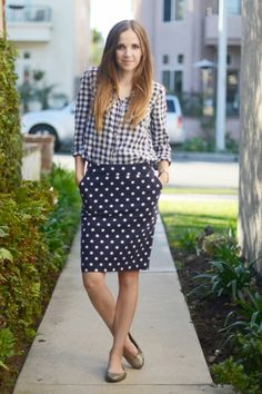 1 Piece, 8 Ways: The Gingham Button-Up Spring Summer Fashion, Autumn Winter Fashion, Winter Style, Curve Dresses, Button Up Skirts, Pattern Mixing, 1 Piece, Warm Weather, Gingham