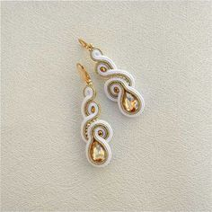 Soutache Earrings bridesmaid gift Gold White by AdityaDesign Bridesmaid Earrings, Bridal Earrings, Bridesmaid Gifts, Bridal Jewelry, Diy Jewelry, Jewelry Making, Shibori, White Earrings, Statement Earrings