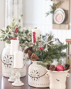 Christmas centerpieces - Come Home For Christmas Tour My Cozy And Inviting Christmas Dining Room – Christmas centerpieces Christmas Jingles, Christmas Swags, Christmas Mantels, Christmas Home, Christmas Holidays, Christmas Crafts, Coming Home For Christmas, Merry Christmas, Christmas Lunch