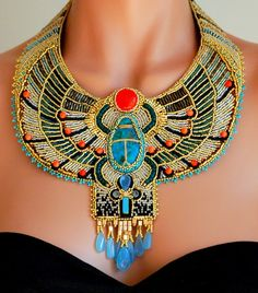 Beautiful jewelry by Doro Soucy Click on link to see more photos - http://beadsmagic.com/?p=4917