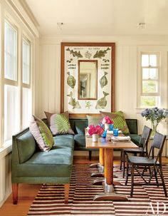 Beach Dining Room by Matthew Patrick Smyth and Peter Pennoyer Architects in The Hamptons