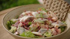 Salade van haring met rode biet, appeltjes en dille | VTM Koken