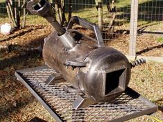 Propane Forge in Action.w/ Pics - Metalworking Forum - GardenWeb Metal Projects, Welding Projects, Metal Crafts, Welding Tips, Diy Projects, Home Forge, Diy Forge, Propane Forge, Blacksmithing Knives