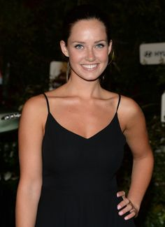 Merritt Patterson arrives at The Walking Dead premiere Mckaley Miller, Walking Dead Premiere, Merritt Patterson, Blair Williams, Hallmark Movies, Pretty Woman, Camisole Top, Celebs, Actresses