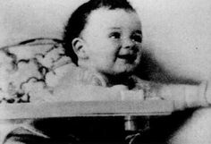 Al Capone baby picture from 1899.