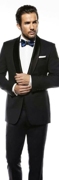 Black tie /Ria