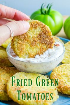 Classic Southern Fried Green Tomatoes with Bacon Ranch Dip. Classic Southern Fried Green Tomatoes with Bacon Ranch Dip. Empanadas, Bacon Ranch Dip, Bacon Dip, Fried Tomatoes, Fried Green Tomatoes Recipe Healthy, Green Tomato Recipes, Vegetable Dishes, Vegetable Appetizers, Veggie Food