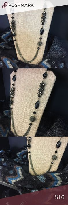 On usual black necklace Unusual long black necklace great for any outfit no brand Jewelry Necklaces