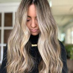 Are you looking to go lighter for the summer? DM us to get it scheduled!Quieres aprender como hacer nuestras técnicas de rubias?! Manda mensaje para mas información de nuestra clase este lunes día 29 de Marzo!!#blondebalayage #newjersey #hairtutorials #njbesthair #fyp #modernsalon #balayage #balayagehair #hairbylima n #balayagehighlights #njbalayage #truss #balayageombre #hair Balayage Before And After, Balayage Technique, Spring Hairstyles, Hair Painting, Balayage Hair, Hair Looks, Painting Inspiration, Long Hair Styles, Photos