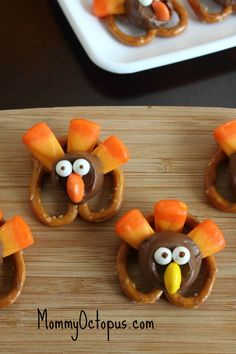 Thanksgiving snack- candy and pretzel turkeys