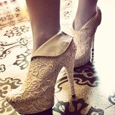 D.I.Y Wedding shoes by Koi Saturday Seiko