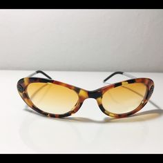 Chanel vintage sunglasses Vintage, authentic sunglasses. 5035 c.637/2h 15117 120 serial number. CHANEL Accessories Sunglasses