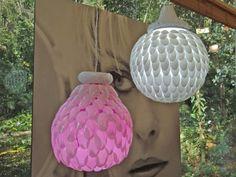 Simples e barata: artesão ensina a fazer luminária com colheres de plástico →   #artesanato #redeglobo #gshow #luminárias