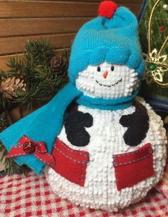 Handmade Vintage White Hobnail Chenille Bedspread Christmas Snowman #57