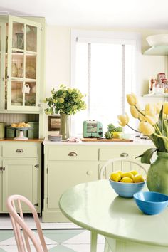 For a more pronounced diner vibe, update your cabinets with a diner-inspired makeover. Colors like country green or powder blue are the perfect hues to perk up your eating space.