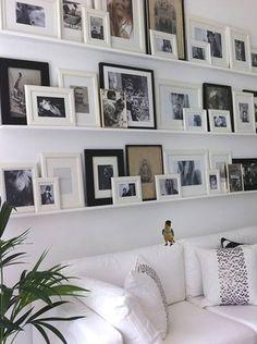 Des cadres plein les murs! | Les idées de ma maison © picslovin.com #deco #accessoire #cadre #murs #eclectisme #tablette