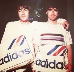 Oasis: Liam and Noel Gallagher Liam Gallagher Noel Gallagher, Oasis Live Forever, Liam And Noel, Oasis Band, Britpop, Indie Music, Cool Bands, Urban Fashion, Rock N Roll