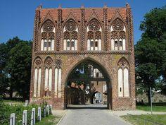 Stargarder Tor, one of the four medieval gates into Neubrandenburg