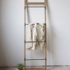 You can hang, dry, or display anything from this Metal And Wood Ladder Wall Rack. See more ladder wall racks at Antique Farmhouse today! Blanket On Wall, Blanket Ladder, Antique Farmhouse, Modern Farmhouse Decor, Farmhouse Style, Farmhouse Addition, Diy Wall Shelves, Wall Racks, Wood Ladder